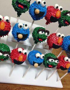 Sesame Street sprinkle cake pops!! Sesame Street Toys, Sesame Street Cake, Sesame Street Birthday, 2 Birthday Cake, Elmo Birthday, Birthday Ideas, Monster Birthday Parties, Elmo Party, Cake Push Pops