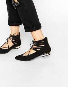 Perfect shoes for all your travels <3 http://asos.do/aselF4
