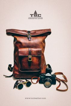 Tộc Leather 78 - Leather Roll Top Backpack / Rucksack (Medium Brown) - Vintage Retro Looking Handcrafted by Tộc Leather [...