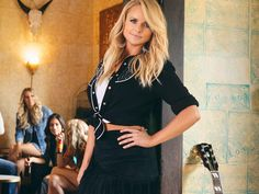 Miranda Lambert's Idyllwind Collection Launches Nationwide in Boot Barn Stores Country Women, Country Girls, Miranda Blake, Cowgirl Chic, Country Music Artists, Miranda Lambert, Retro Look, Western Outfits, Modern Fashion