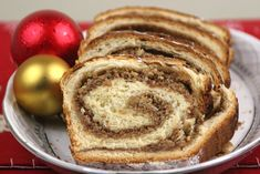 traditional bread eaten on Orthodox Easter in Romania. My mother makes this. Orthodox Easter, Greek Desserts, Pastel, Easter Celebration, Pancakes, Dessert Recipes, Food And Drink, Cooking Recipes, Sweets