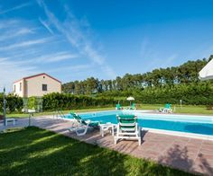 Bedrooms, Villa, Explore, Building, Outdoor Decor, Holiday, House, Italia, Vacations