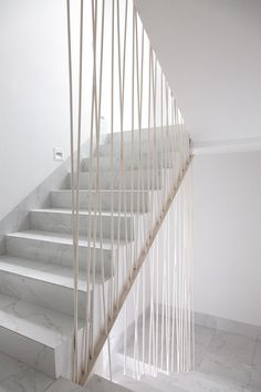 Modern Stair Railing, Staircase Railings, Modern Stairs, Stairways, Staircase Storage, Loft Stairs, House Stairs, Architecture Details, Interior Architecture