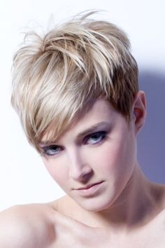 66 Best Kurzhaar Blond Images On Pinterest Pixie Cut Short Pixie