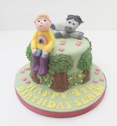 Child's celebration cake with her favourite horse. Cookie Gifts, Celebration Cakes, Cake Toppers, Biscuits, Cake Decorating, Wedding Cakes, Favors, Horse, Birthday Cake