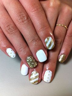 ♥Cute Nail Design♥ » Pictures of Pretty Nail Designs » White & Gold Summer Nails