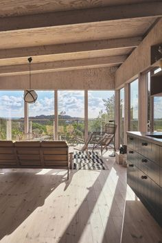 The livingroom in the cozy wooden treehouse is filled with Danish design. Interior Architecture, Interior And Exterior, Interior Design, House By The Sea, My House, Plywood Interior, Ikea, Crazy Houses, Small Houses