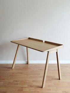 Robin Desk is a minimalist design created by Bangkok-based designer Kittipoom Songsiri Wood Furniture, Furniture Design, Minimal Desk, Study Table Designs, Diy Desk, Diy Wooden Desk, Wooden Study Table, Wood Desk, Table And Chair Sets