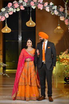 Sikh Wedding Dress, Punjabi Wedding Suit, Wedding Suits, Indian Bridal Lehenga, Indian Bridal Outfits, Designer Party Wear Dresses, Kurti Designs Party Wear, Dress Indian Style, Indian Dresses