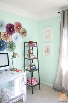 How to Create a Painted Faux Crown Moulding: (But never mind that, check out those fan thingummies!)