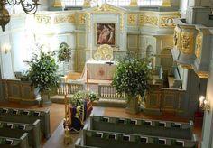 Princess Diana's casket in St. James Chapel