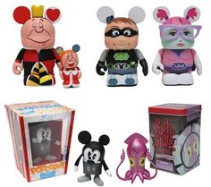 The San Diego Comic Con Vinylmations have been moved to the Facebook VInylmation Shop! Link can be found by accessing our article by clicking on our pin!