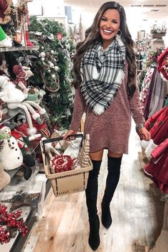 Casual chic sweater dress oversized for women fall fashion. Simple classy black … Casual chic sweater dress oversized for women fall fashion. Cozy classic black white blanket scarf for winter. Winter Dress Outfits, Winter Fashion Outfits, Autumn Fashion, Casual Outfits, Dress Winter, Outfit Winter, Work Outfits, Winter Coat, Fashion Boots