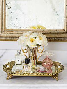 Jewelry storage table