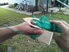 Primitive Net Making From Carving Your Needle To Weaving Your Net by antagonizer Wilderness Survival, Survival Prepping, Survival Skills, Survival Gear, Net Making, Lace Making, Making Tools, Survival Project, Primitive Survival