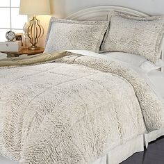 Concierge Soft & Cozy Carved Fur Comforter Set