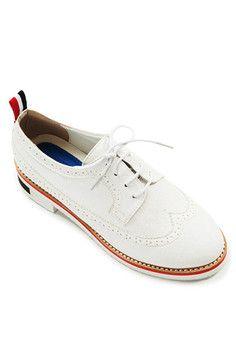 4d01e6b8a7c 32 best Shoes images on Pinterest