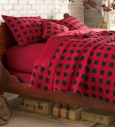 Plow & Hearth King Buffalo Plaid Quilt Set, in Red Plaid Bedroom, Plaid Bedding, Plaid Quilt, Quilt Bedding, Bedding Sets, Bedroom Decor, Bedroom Ideas, Lodge Style, Red And Black Plaid