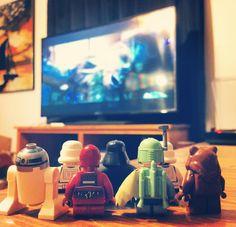 Everyone in the galaxy is excited to finally watch Star Wars at home!  #brickbybrick #lego #legos #legophotography #legography #legoinstagram #legostagram #legogram #instalego #legomania #legominifigures #legominifigs #legoworld #legoland #legoaddict #minifigures #bricknetwork #brickcentral #brickshift #brickpichub #brickhouselegos #toyphotography #toys #toystagram #plastic #stuckinplastic #afol #starwars #theforceawakens #movienight by brick_x_brick