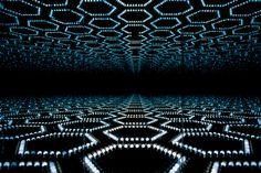 Yayoi Kusama, Infinity Mirrored Room - Love Forever (1996)