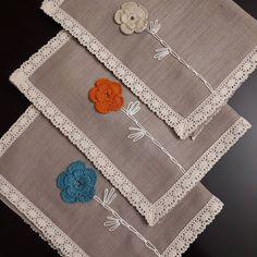 Image may contain: indoor Filet Crochet, Crochet Baby, Knit Crochet, Crochet Earrings Pattern, Crochet Table Runner, Bargello, Mini Quilts, Mug Rugs, Diy Dress
