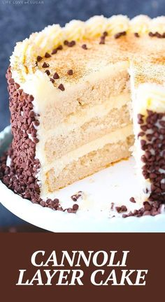 This Cannoli Layer Cake is a light, moist cinnamon cake filled with mascarpone & ricotta filling, then frosted with mascarpone frosting! Covered in mini chocolate chips, this treat has all the best parts of a cannoli in one delicious cake! Food Cakes, Cupcake Cakes, Fruit Cakes, Cake Light, Just Desserts, Dessert Recipes, Frosting Recipes, Dessert Food, Cupcake Recipes