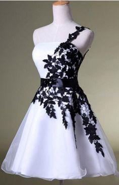 One Shoulder Appliques Lace Tulle Short Homecoming Dresses #Short Homecoming Dress#HomecomingDresses#Short PromDresses#Short CocktailDresses#HomecomingDresses