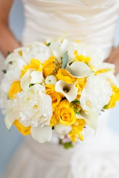 Yellow and white wedding bouquet by Holly Chapple