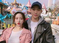 Asian Cute, Cute Korean, Korean Style, Cute Couples Goals, Couple Goals, Couple Outfits, Couple Clothes, Fall In Luv, Korean Couple