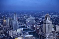 Great view looking west in the early Chicago Area, Chicago Illinois, Chicago Bears, Architecture Mapping, Great View, Empire State Building, Vintage Photos, Cities, Sweet Home