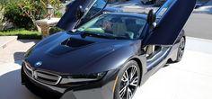Idén mutatták be a BMW i8 változatát...    autotudos.hu
