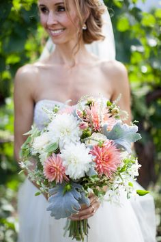 From poppies to peonies, we've chosen 22 of the most beautiful spring bouquets from real weddings to help inspire your own floral design decision!