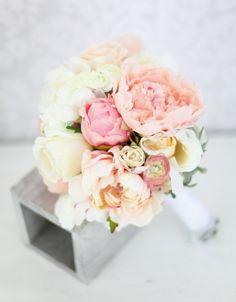 Silk Bride Bouquet Peony Flowers Pink Peach Cream par braggingbags