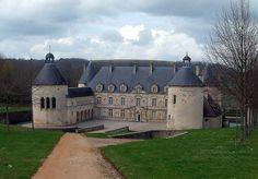 ChateauBussy-RabutinCropped - Liste von Burgen, Schlössern und Festungen in Burgund – Wikipedia – Foto Christophe.Finot