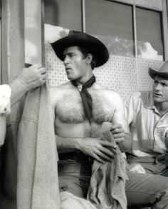 Clint Walker From My Personal Collection! Hollywood Men, Classic Hollywood, Hollywood Icons, Clint Walker Actor, Cheyenne Bodie, Hot Country Boys, Tv Westerns, Hommes Sexy, Handsome Actors
