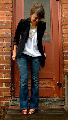 Dark distressed jeans + white shirt + black blazer + necklace + colored heels