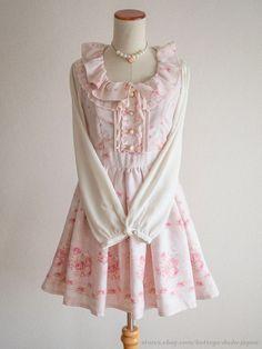 LIZ LISA Rose x Snow Pattern Ribbon OP Dress Hime Sweet Lolita Kawaii Japan #LIZLISA #Peplum #Shibuya109Lolitafashion