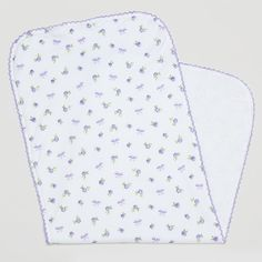 A lovely burping cloth for your baby girl by Kissy Kissy. Made from Peruvian pima cotton for softness and comfort. This burp cloth has cute Lilac prints of roses and bows. Towelling underside for maximum absorbency. Perfect for everyday use. Complete the look with matching items from Kissy Kissy's Rosy Print range.