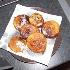 Beignet aux pommes de ma grand mère Beignets, Pretzel Bites, Mousse, Bread, Fruit, Desserts, Club, Food, Apple Doughnut