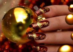 Christmas Nails Art - Pure Gold - Click pic for 25 Christmas Holiday Crafts DIY Diy Christmas Nail Designs, Christmas Manicure, Diy Nail Designs, Holiday Nails, Christmas Holiday, Holiday Crafts, Christmas Hamper, Xmas Nails, Christmas Wrapping