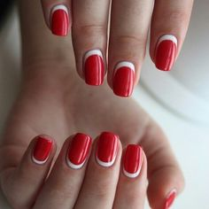 red-nails-7.jpg 604x604 pixel