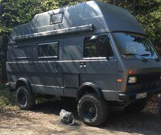 Vw Lt Camper, Off Road Camper, Camper Life, Vw T5, Volkswagen Up, Transporter T3, Volkswagen Transporter, Truck Camping, Van Camping