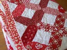 beautiful red & white quilt pattern