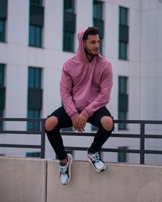 men's street style outfits for cool guys Urban Fashion, Mens Fashion, Fashion Outfits, Style Fashion, Men Street, Street Wear, Zalando Style, Mens Photoshoot Poses, Street Style Outfits