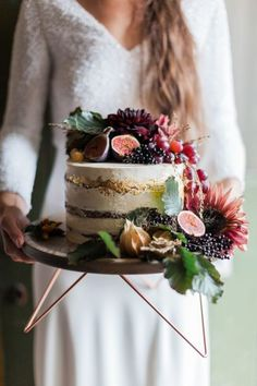 Wedding Food Semi naked cake decorated in autumnal flowers and fruit - Autumn at River Cottage - Natural, Organic and Seasonal Wedding Inspiration Fruit Wedding Cake, Fondant Wedding Cakes, Fall Wedding Cakes, Wedding Cake Designs, Wedding Desserts, Fondant Cakes, Bee Cakes, Wedding Blog, Diy Wedding