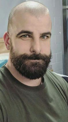 Have a look into some of the Best Bald with Beard Styles for Men Bald Head With Beard, Bald Men With Beards, Beard Love, Shaved Head Styles, Shaved Heads, Bald Men Style, Bald Look, Scruffy Men, Hairy Men