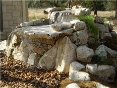 good site for outside waterfall diy for Wendell Outdoor Fun, Outdoor Decor, Outdoor Ideas, Backyard Ideas, Diy Water Fountain, Turtle Pond, Outdoor Landscaping, Landscaping Ideas, Garden Waterfall