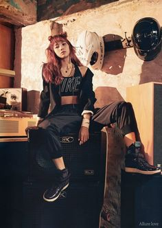 Blackpink x vogue korea november issue Blackpink Lisa, Jennie Blackpink, Vogue Korea, Blackpink Fashion, Korean Fashion, Kpop Girl Groups, Kpop Girls, Lisa Black Pink, Lisa Blackpink Wallpaper