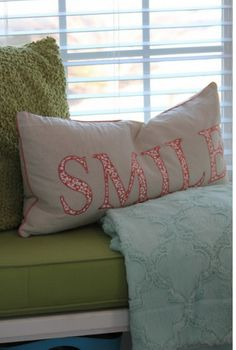 Friday+Fluff+Up:+Have+You+Staged+Your+Home+Before?