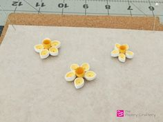 How to make simple quilling paper flowers - daffodils and flower buds, Quilling Paper Daffodil Flowers